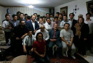 دیدار جمعی از فعالین ملی-مدنی آزربایجان با خانواده عباس لسانی در اردبیل + تصاویر