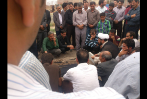 تحت تدابیر امنیتی؛ پیکر معترض ملکانی به خاک سپرده شد