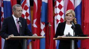 رجب طیب اردوغان می گوید کشورش در را به روی پناهجویان نخواهد بست
