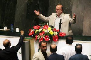 واکنشها به درگیری قاضیپور با خبرنگار «روزنامه ایران»