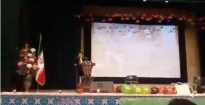 دانشجوی تورک آزربایجانی در دانشگاه اورمیه پان فارسیسم را در ایران به چالش کشاند (ویدئو)
