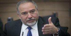 وزیر دفاع اسرائیل: اگر روحانی ترور شود تعجب نمی کنم