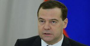 نخست وزیر روسیه: با آمریکا در آستانه درگیری قرار داریم