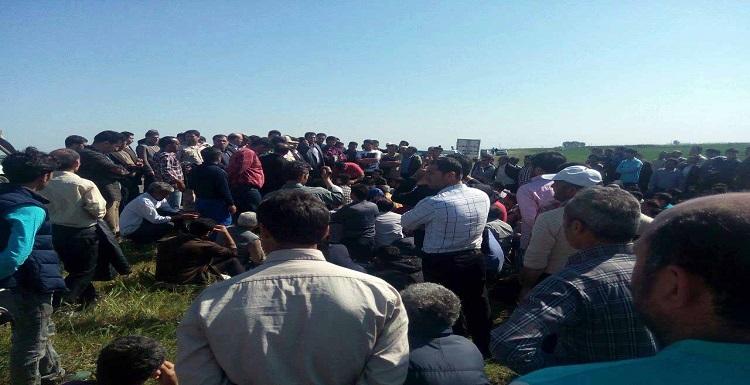 تجمع بیش از ۳۰۰ کارگر در مغان به دلیل پرداخت نشدن سه ماه حقوقشان