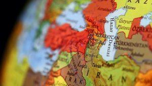 جمهوری اسلامی را بیشتر از وقوع یک جنگ و عوامل خارجی عوامل داخلی تهدید می...