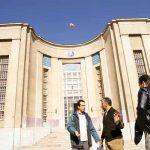 هر سال ۷۰۰ پزشک از ایران مهاجرت میکنند