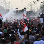 عراق در سومین روز اعتراض؛ حداقل ۱۸ کشته و ده ها زخمی