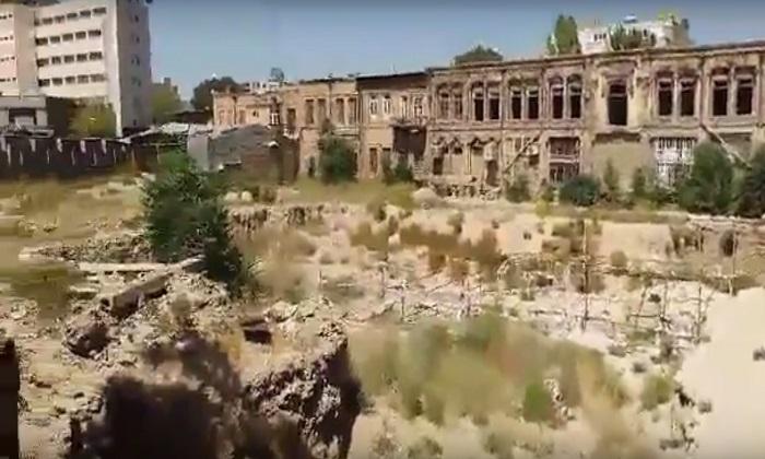 تبریزده یوخ ائدیلن تاریخی یادداشیمیز – فوتولار