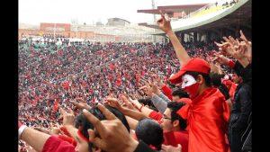 چهرههای معروف ترکیه پیراهن تراکتور آزربایجان را به تن کردند