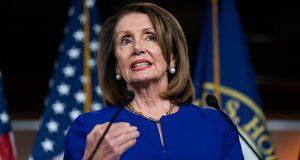 پلوسی متن استیضاح ترامپ را روز دوشنبه به مجلس سنا ارائه می دهد