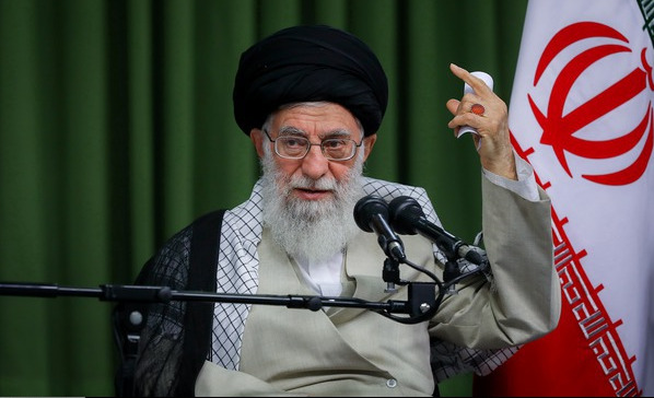 علی خامنهای نگران زبان فارسی است