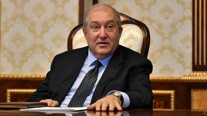 رئیس جمهور ارمنستان : دولت استعفا دهد