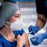 بیش از ۱۰ میلیون شهروند ترکیه در برابر کرونا واکسینه شدند