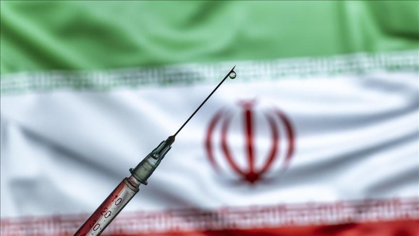 بلومبرگ: با سرعت کنونی، واکسیناسیون ایران ده سال طول خواهد کشید