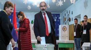 انتخابات زودهنگام پارلمانی در ارمنستان در حال برگزاری است